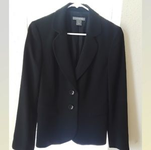 Ann Taylor WOMAN'S Blazer  Size 6 Great condition